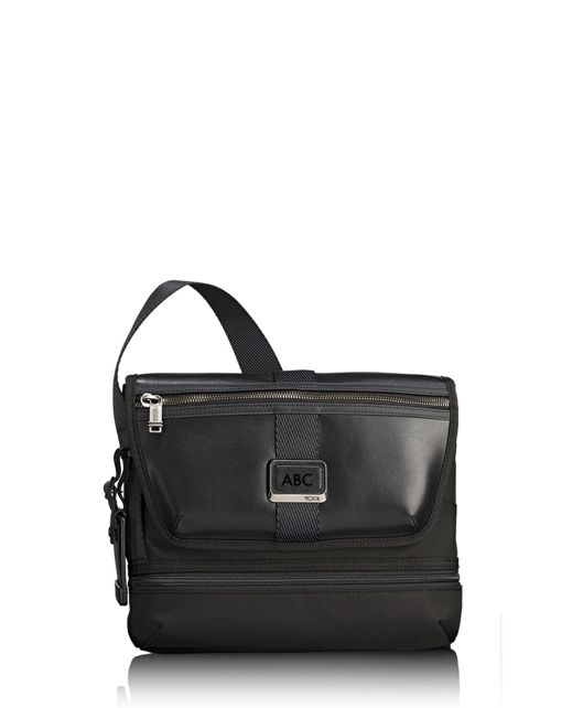 Travis Crossbody in Black