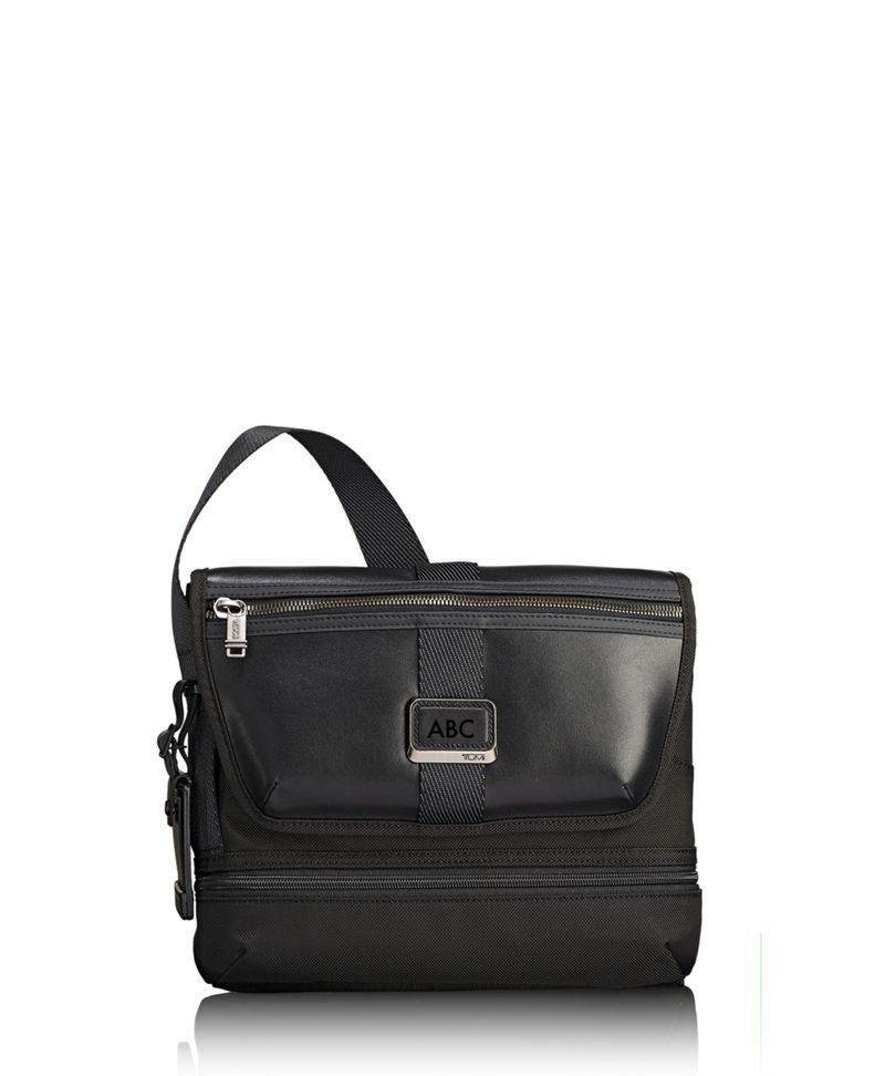 Travis Crossbody