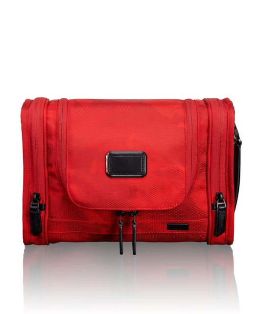 Hanging Travel Kit in Russell Westbrook