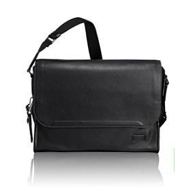 Mathews Messenger Leather in Black Pebbled bee348f59f