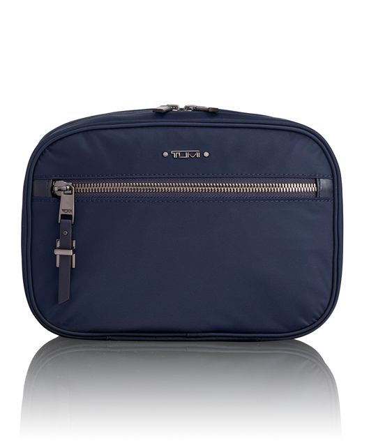 Yima Cosmetic in Navy
