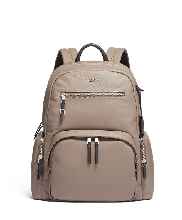 Carson Backpack Leather in Gobi