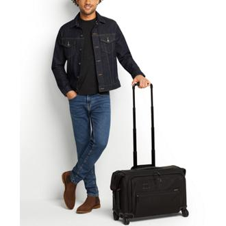 GARMENT 4 WHL C/O Black - medium | Tumi Thailand