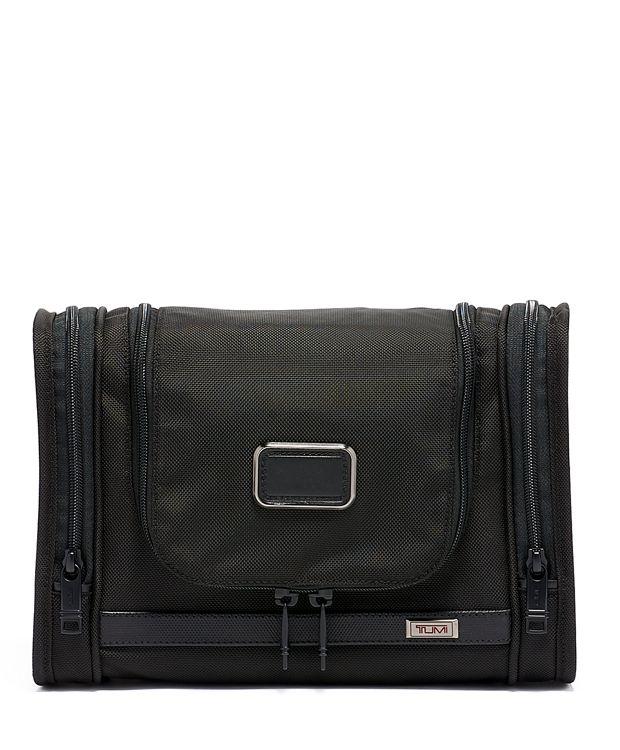 Hanging Travel Kit in Black