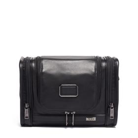 b55079554 Hanging Travel Kit Leather in Black Leather
