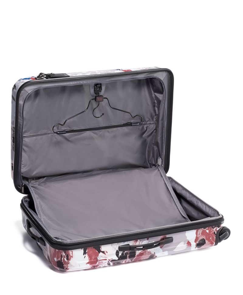 Blush  Floral Extended Trip Expandable 4 Wheeled Packing Case