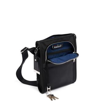 POCKET BAG SMALL BLACK CHROME - medium | Tumi Thailand
