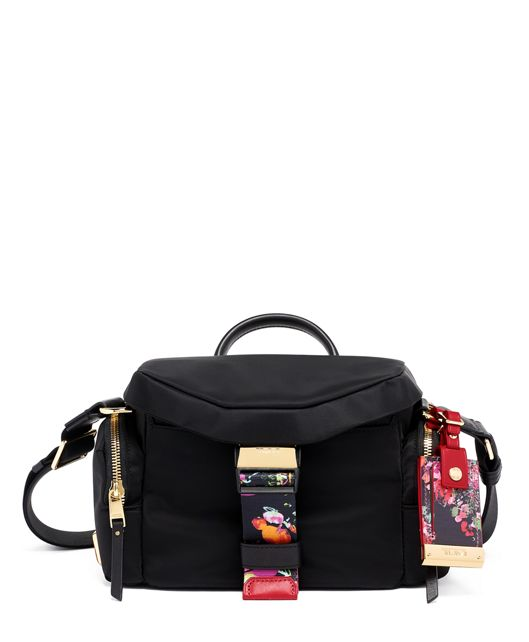 Kyle Crossbody in Collage Floral