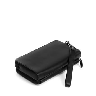TRIPLE ZIP CLUTCH BLK SMOOTH - medium | Tumi Thailand