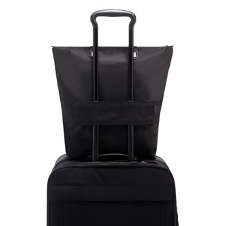 JUST IN CASE N/S TOTE BLACK - medium | Tumi Thailand