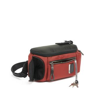 KELLEY SLING Russet - medium | Tumi Thailand