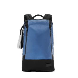 WOODS BACKPACK Navy - medium | Tumi Thailand