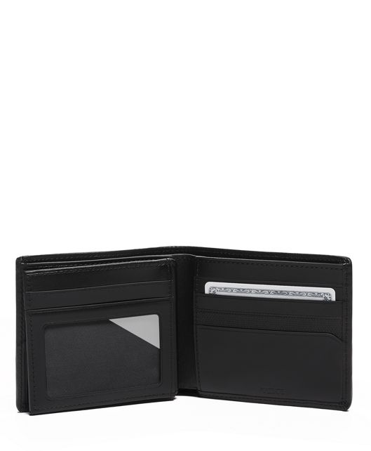 GBL CENTER FLIP PASSCASE black - large | Tumi Thailand