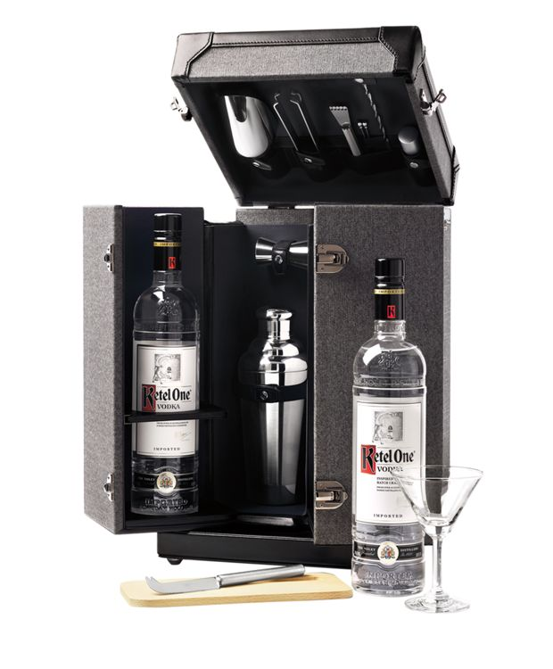 Tumi Mixology Set in Earl Grey