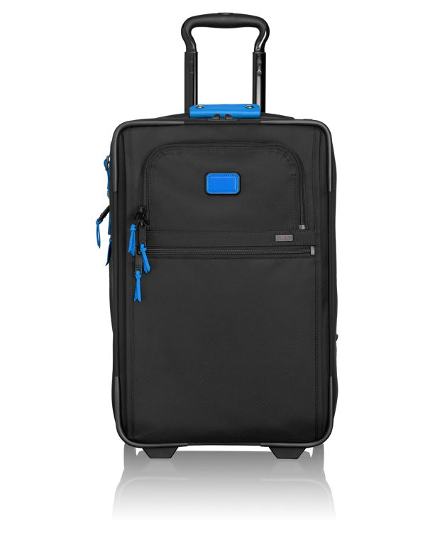 International Expandable 2 Wheeled Carry-On in Blue Camo