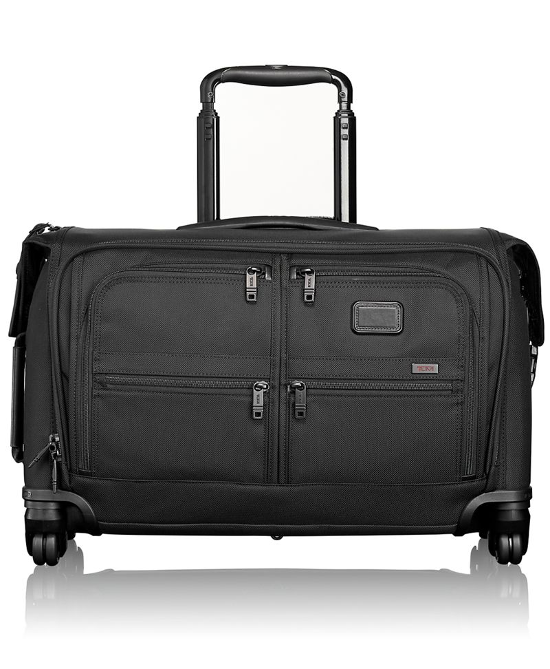 Carry on 4 wheeled garment bag alpha 2 tumi united states for Housse transport costume