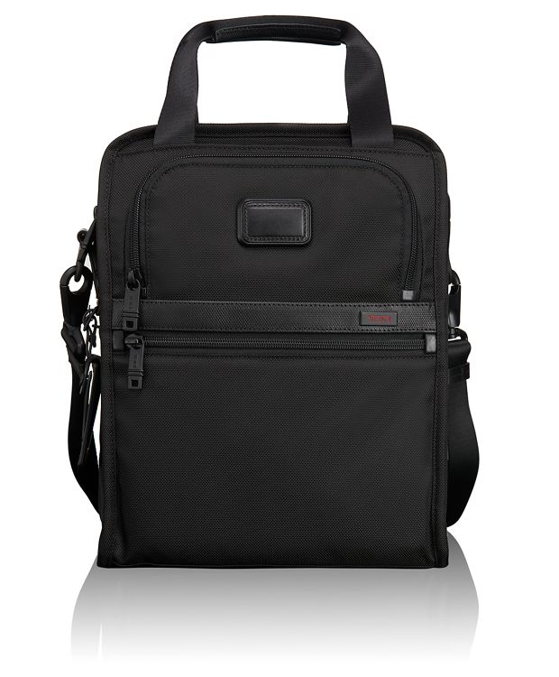 Medium Travel Tote in Black