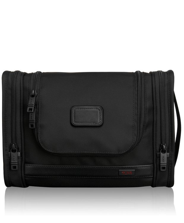 Hanging Travel Kit in Black