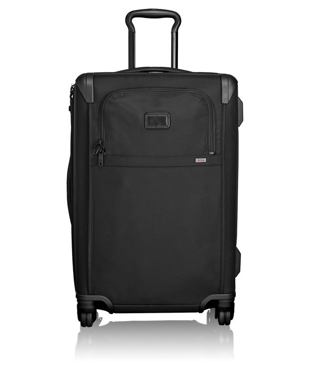 Short Trip 4 Wheeled Packing Case in Black