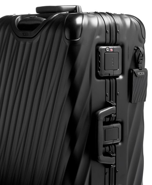 SHORT TRIP PACKING MATTE BLACK - large | Tumi Thailand