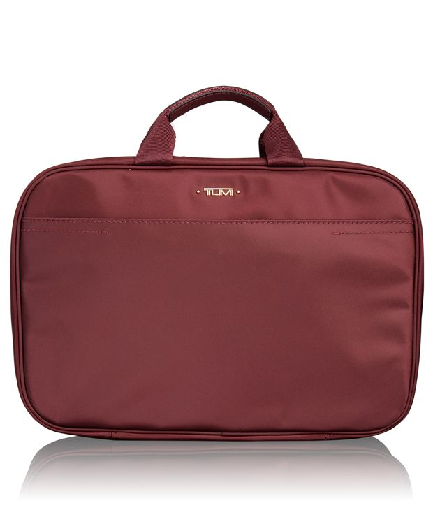 Monaco Travel Kit in Merlot