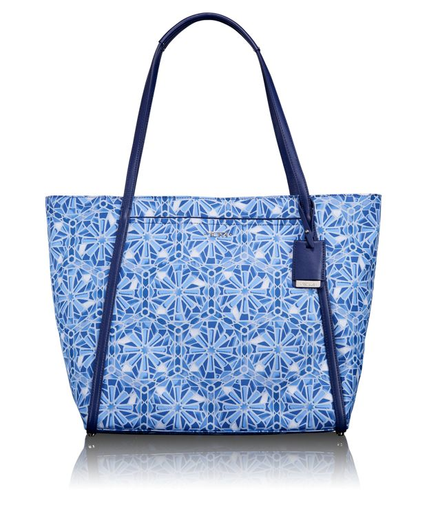 Q-Tote® in Moroccan Blue Tile P