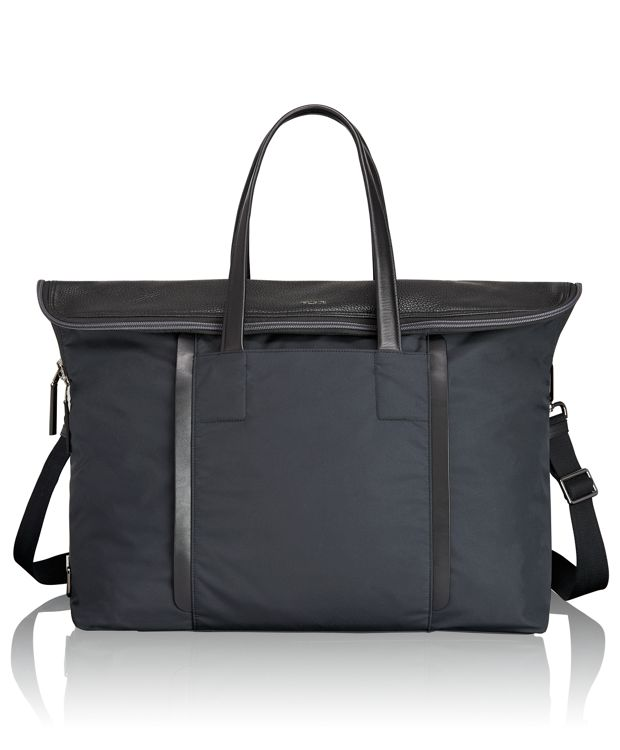 Blackburn Duffel in Navy