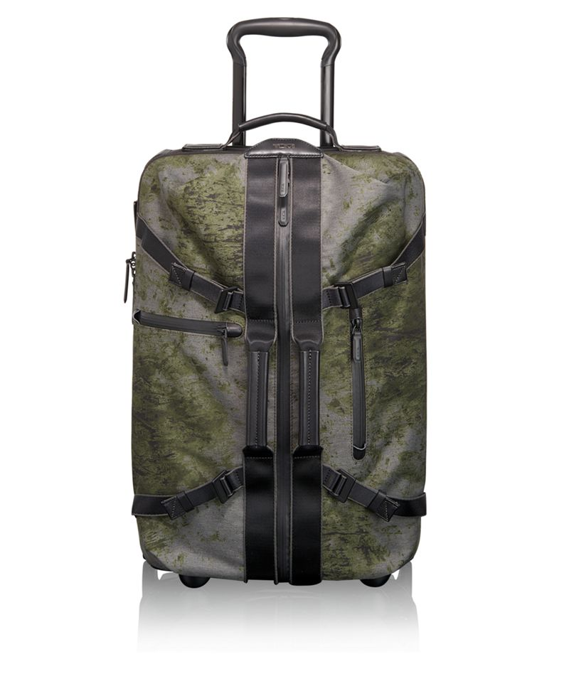 Linden International 2 Wheeled Carry-On