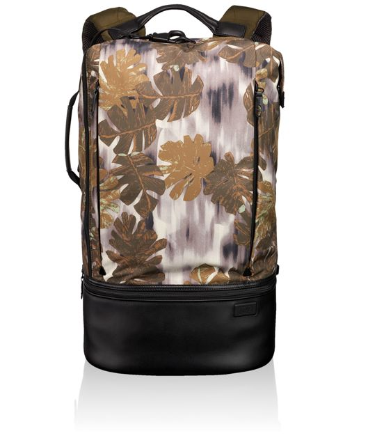 Cove Backpack in Leaf Camo