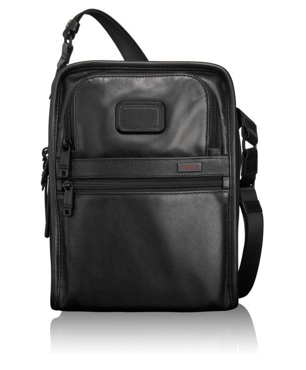 Organizer Travel Leather Tote in Black