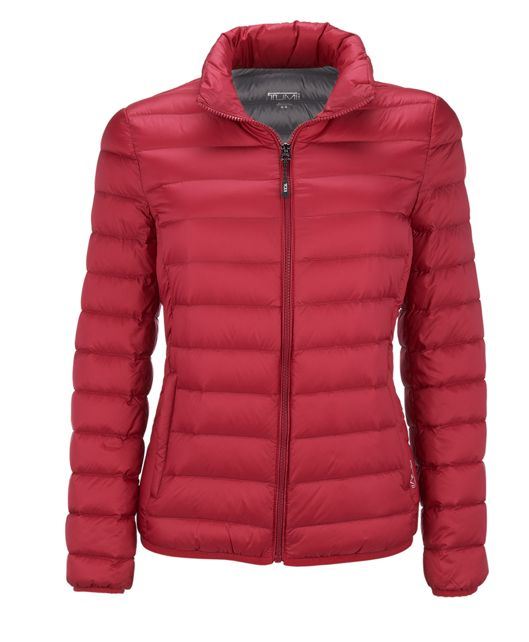 Women's - Clairmont Packable Travel Puffer Jacket in Magenta